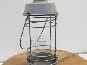 Metal lantern 13.5x13.5x29cm