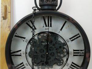 Wall clock metal 50x13x65cm boBlack