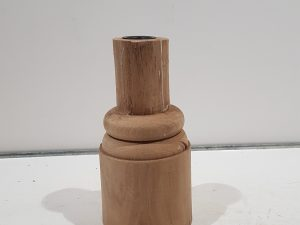 Wooden candle stand 18cm